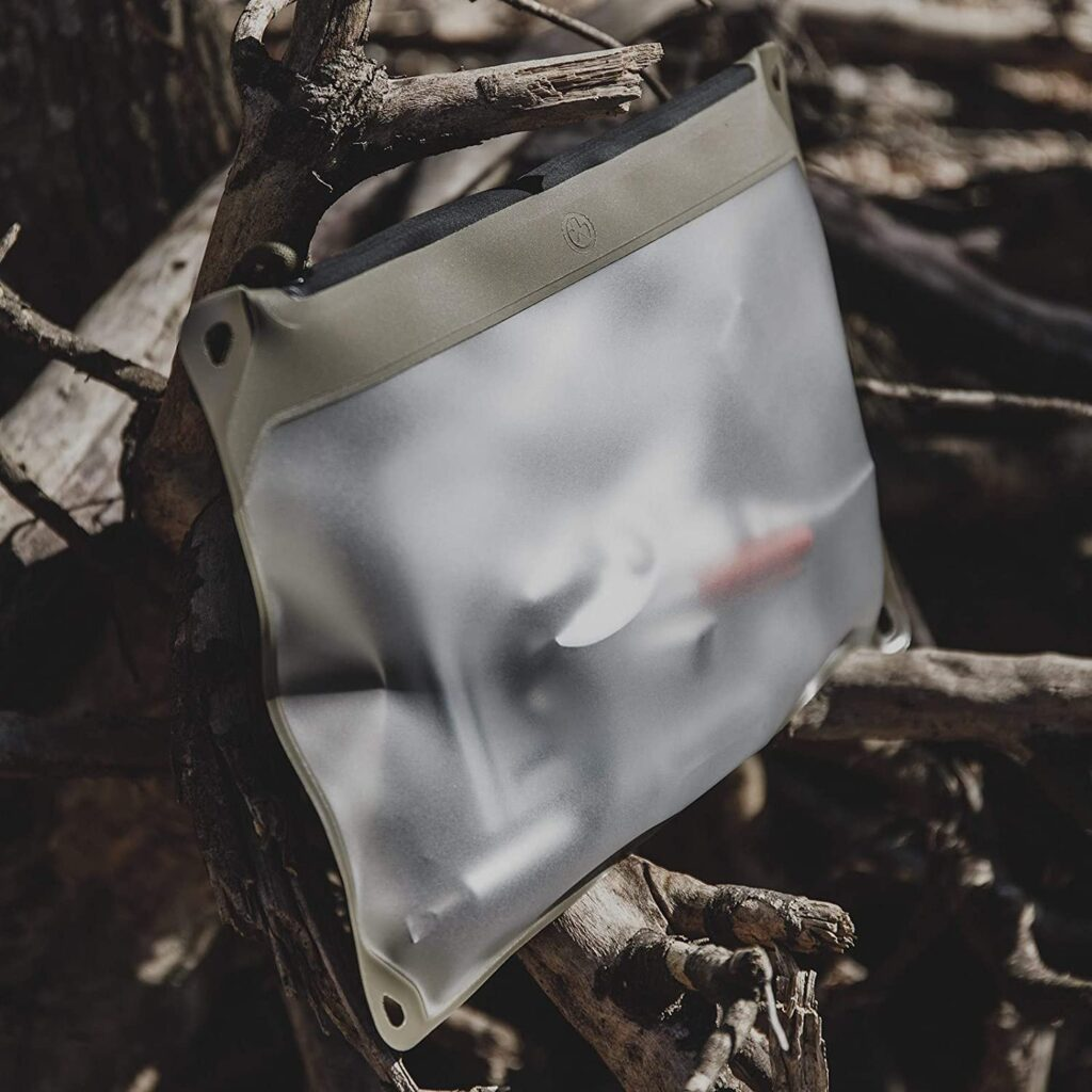 water resistant tactical pouch
