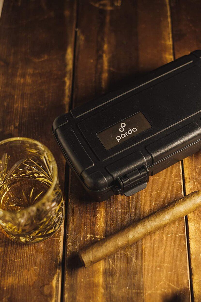 small travel cigar humidor